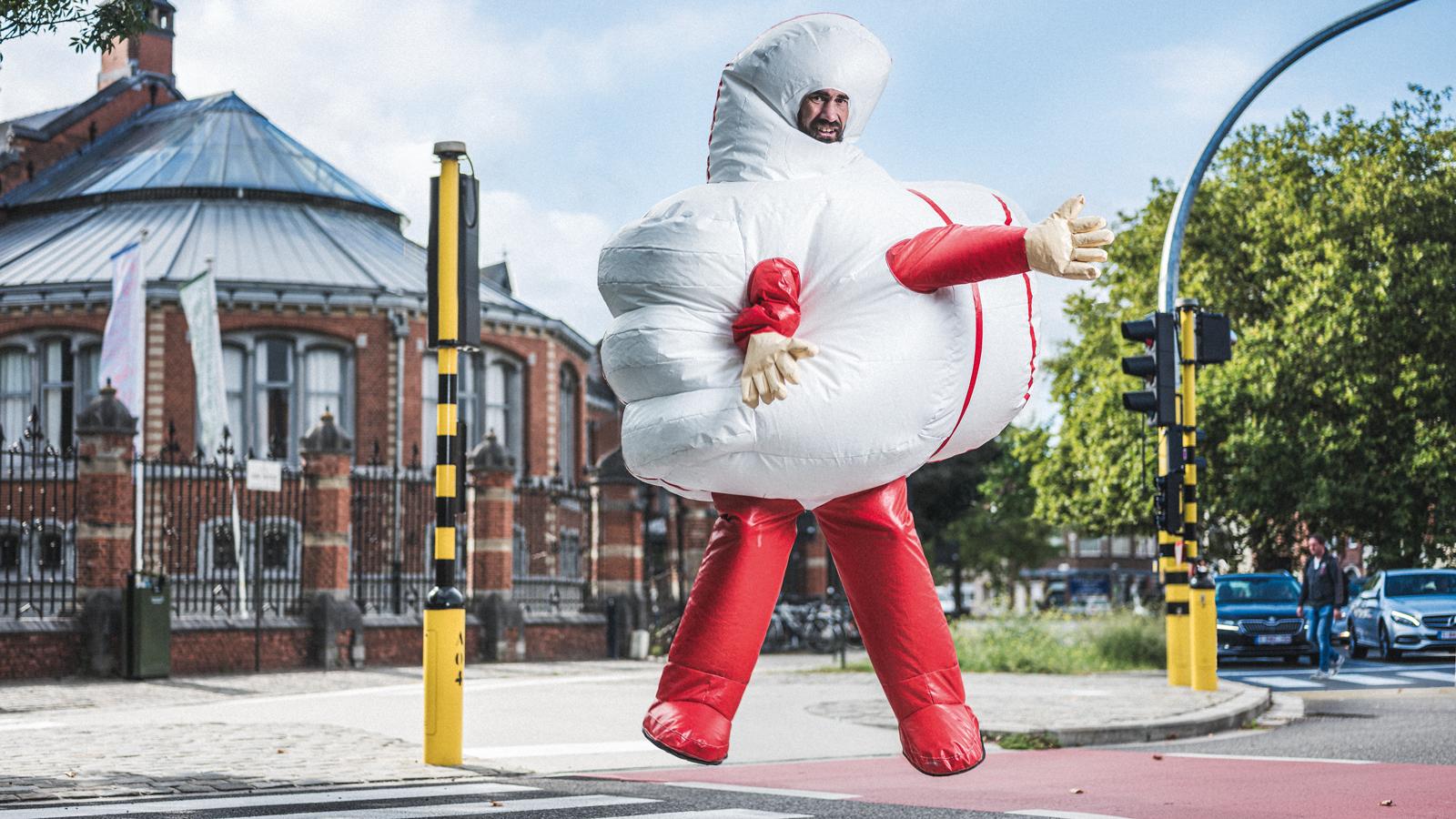 Hoffelijkheidscampagne 'Gebruik je duim' voor studenten in Gent. Concept en design: Cayman