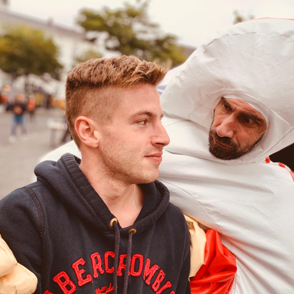 Duimman op de student Kick-Off in Gent