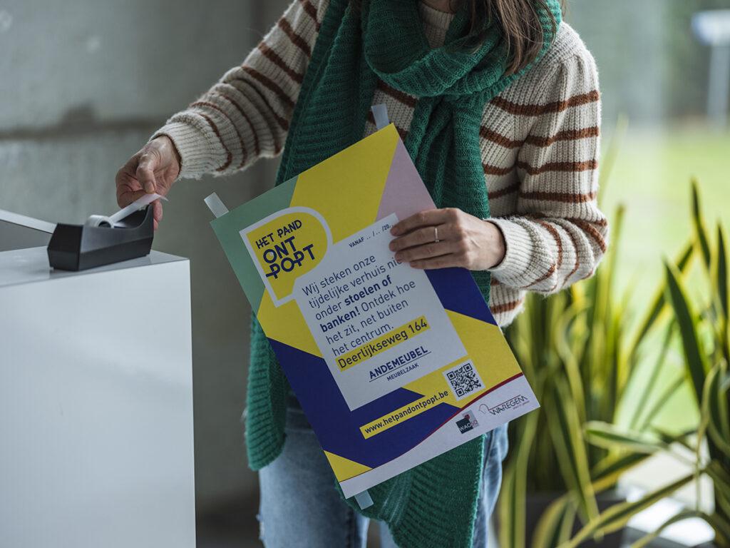 Een affiche voor Het Pand OntPopt voor Stad Waregem