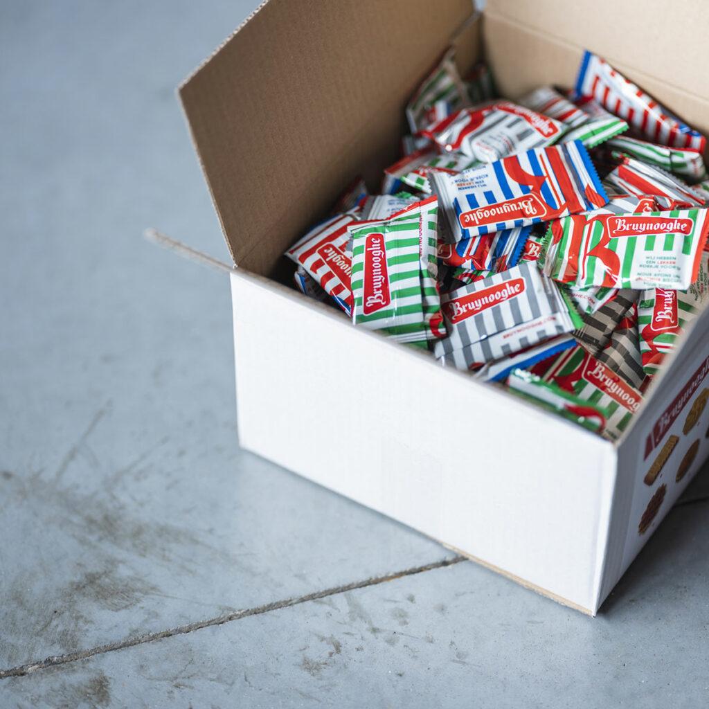 Koekjes in verpakking van Bruynooghe Koffie